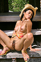 Jang E Ping Thighs Spread Pussy Lips Exposed Hard Pointed Titties